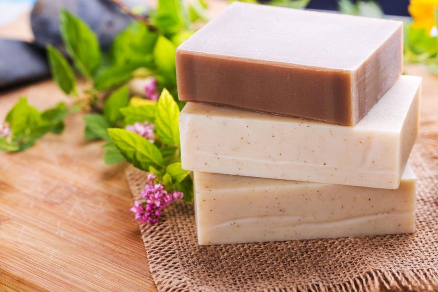 Handmade soap bars smell great thanks to their essential oils